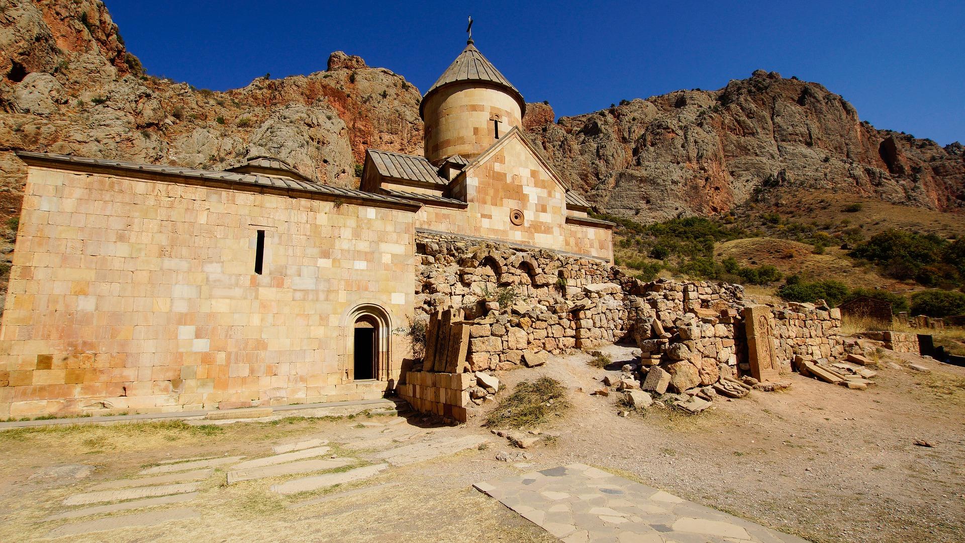 Pâques en Arménie : nature fascinante et hauts lieux d'ancienne culture chrétienne