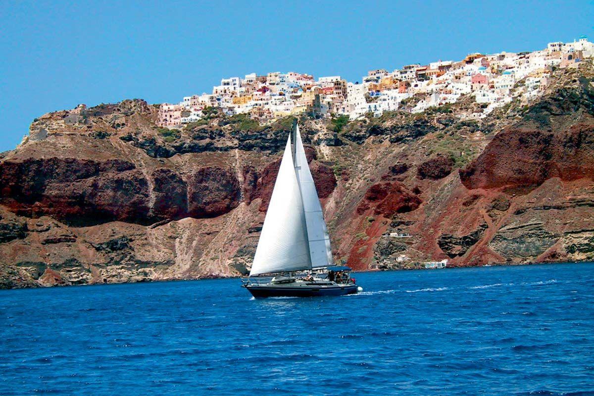 Croisière sur voilier à Santorin